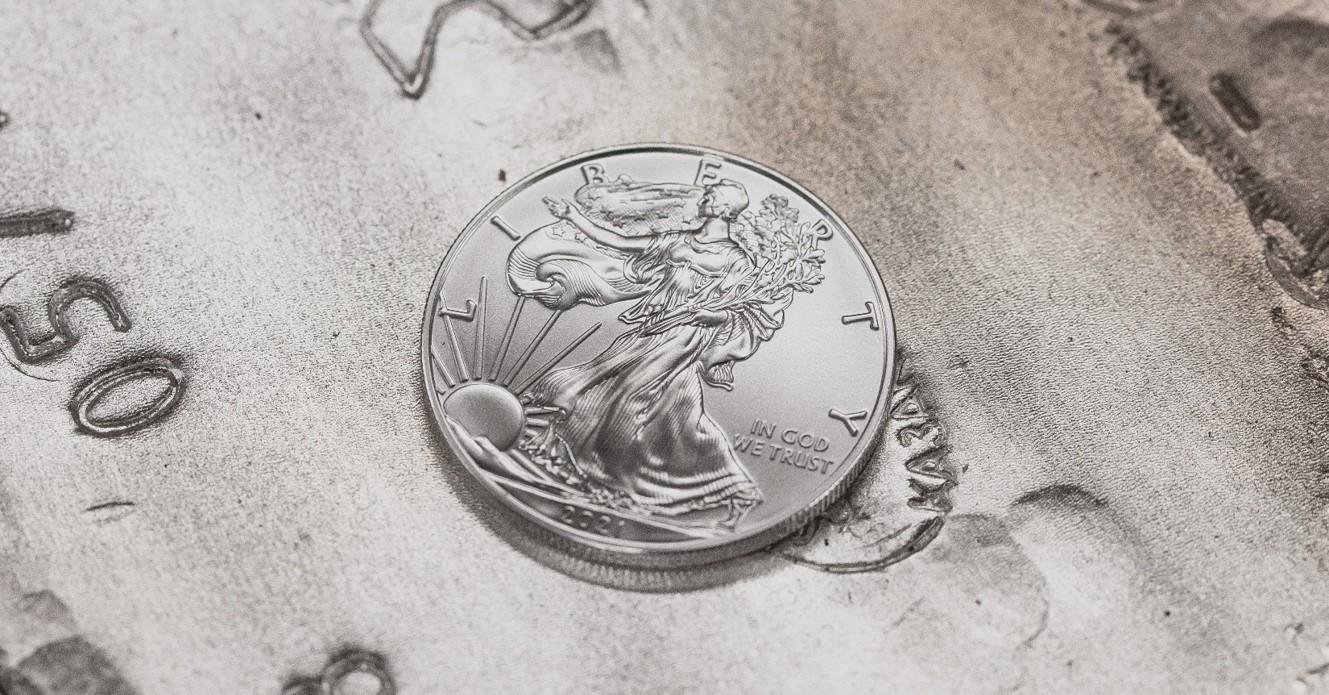 Zilverprijs in jaar tijd met ruim 70 procent gestegen: zit er nog rek op de prijs?